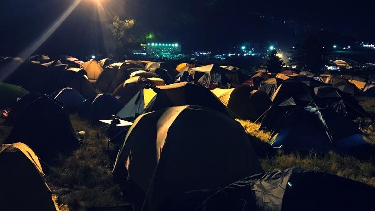 フジロックキャンプの夜